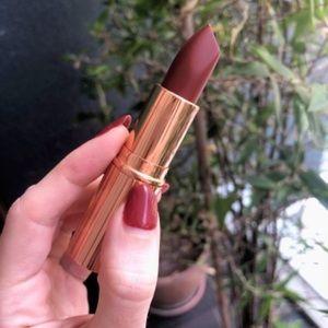 Charlotte Tilbury Matte Legendary Queen Lipstick